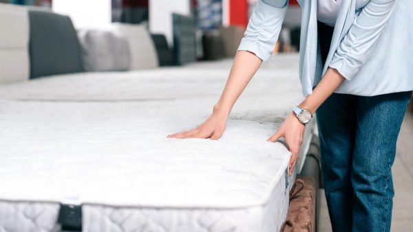 How to Buy a Mattress for Bed
