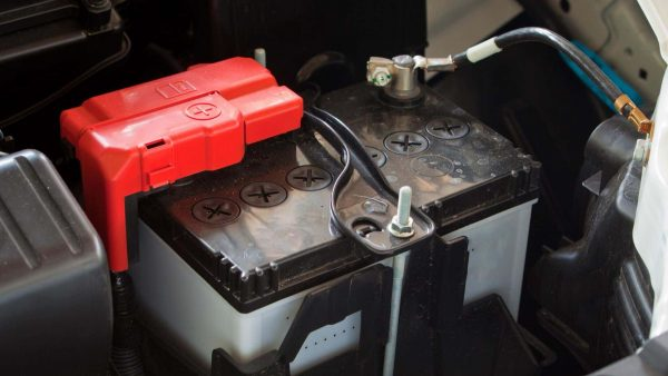 Things you should know before changing car batteries